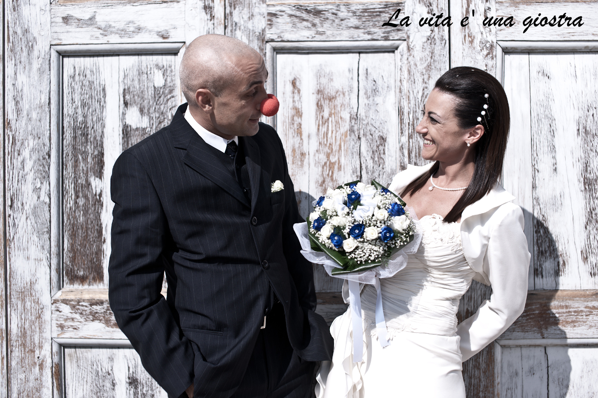 Giusy & Roby oggi sposi, just married a Stupinigi, ritratto, inquadratura piano americano